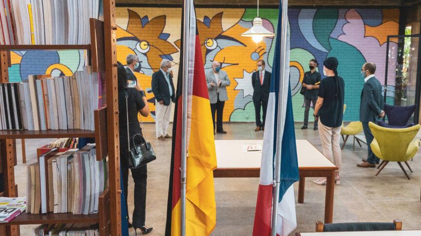 Imagem de Acordo de cooperação cultural com a Aliança Francesa firmado